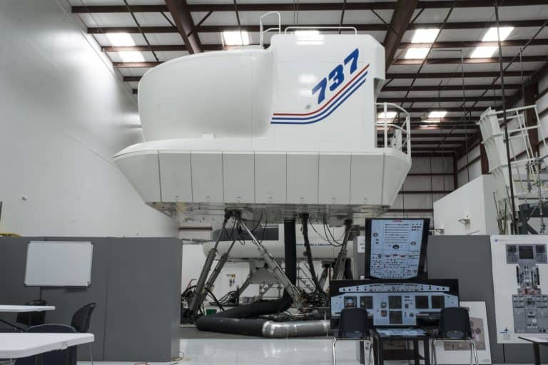 737 Simulator at Orlando Flight School